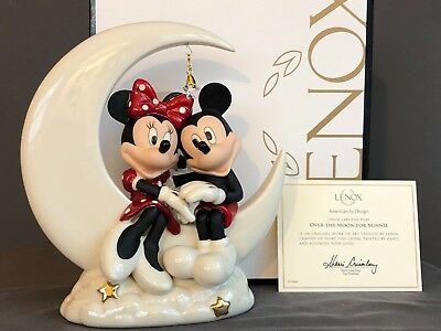 Lenox Disney OVER THE MOON FOR MINNIE Figurine Mickey Mouse