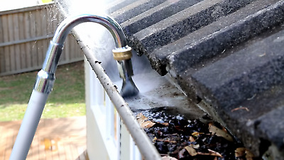 NEW  Aluminium Gutter Cleaner Extendable Water Fed Pole Gutter rain Drainage