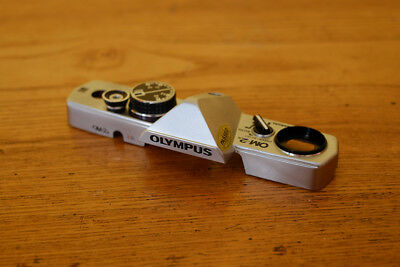 Olympus OM2n Top Cover, silber, chrome top Zustand, very good condition