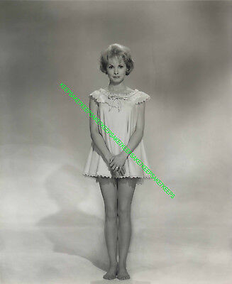 Actress Janet Leigh Cute And Leggy In A Short Babydoll Feet Toes Photo A-Jle