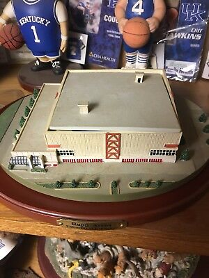 Danbury Mint Rupp Arena Stadium Ncaa Kentucky Wildcats Figure Figurine Nib Rare!