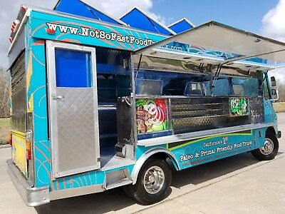 WYSS CATERING TRUCK, FOOD TRUCK, Mobile Kitchen, Taco T, Lonchera, HABLO ESPANOL