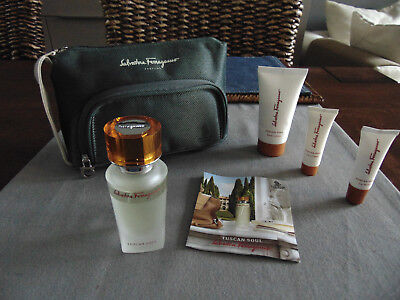 SINGAPORE AIRLINES First Class FERRAGAMO Unisex Amenity Kit Trousse Kulturbeutel
