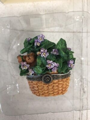 Boyds -BEARY BLOSSOM Treasure Boxes -FEBRUARY -VIOLET FLOWER BASKET -NEW