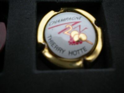 capsule de champagne an 2000 thierry hotte or