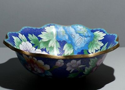 Chinese Cloisonne Polychrome Bowl Famille Rose Flowers Late Qing/Republic 20.5cm