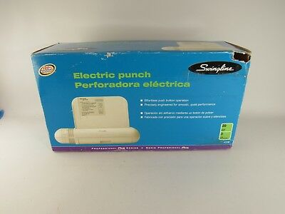 Swingline Professional Plus Series Electric Hole Punch 3 Holes/20 Sheets