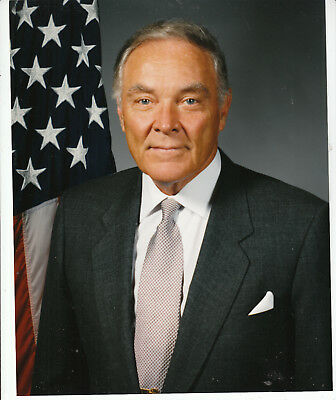 Army General ALEXANDER M. HAIG Jr. SIGNED 2006 Letter.  Includes his Photo