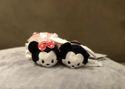 Mickey and Minnie Valentines Tsum Tsum Disney Store With Tags