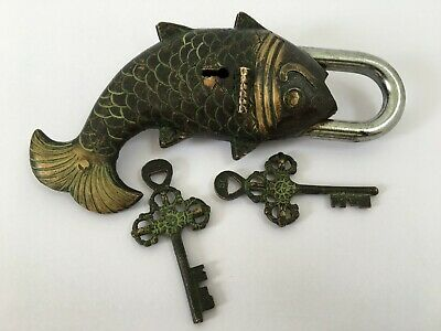 Chinese Old Style Brass Vintage Copper Big Fish Locks + 2pcs keys Padlock d29