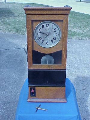 1923 International Time Recording Clock ~ Oak Case ~ St. Louis, MO. Very Good
