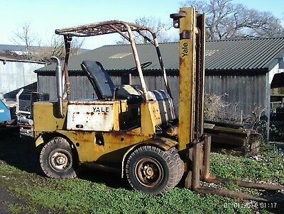 Yale 6 Wheeled Forklift Fitted With A Perkins 4 Cylinder Engine Running