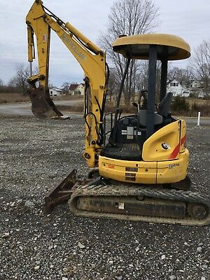 2006 New Holland 27B Mini Excavator for sale good condition .