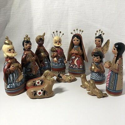 Vintage Mexican Tonala Pottery Nativity 13 Piece Set Folk Art Christmas