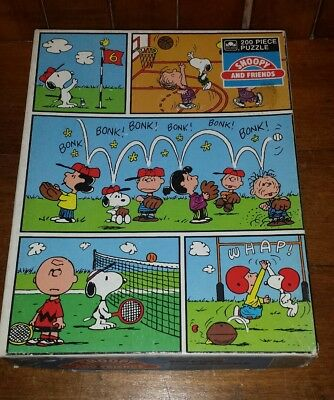 vintage 1971 Jigsaw PUZZLE *Peanuts- SNOOPY AND FRIENDS 200 pcs  Golden
