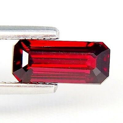 TOP ULTRA RARE RED SPINEL : 1,70 Ct Natürlicher Rot Spinell aus Tansania