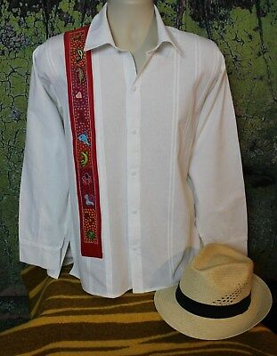 Men's Guayabera Shirt Hand Embroidery Sea creatures from Pinotepa Oaxaca Mexican