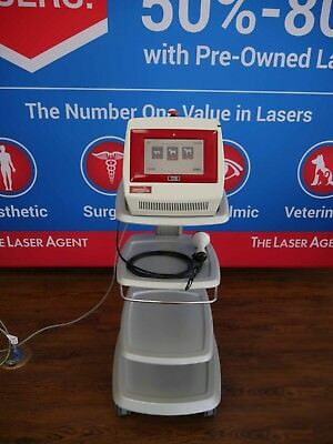 2010 LiteCure Companion CTS-12 12 watt Class IV Therapy Cold Vet Laser with cart