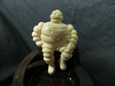 Vintage Bakelite MICHELIN MAN  ASHTRAY Off/White Tire Man~Made In England