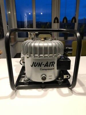 Junk AIR 8-J Silent Kompressor  Drucktank Superleise 1.5l/min bei 8 bar