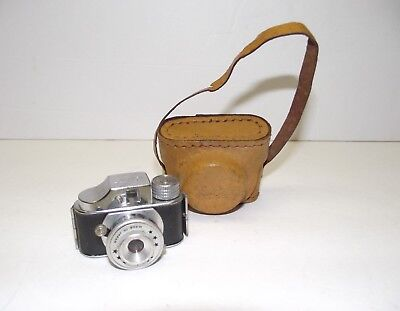 Vintage HIT Subminiature Camera with Original Case SEE No-Reserve