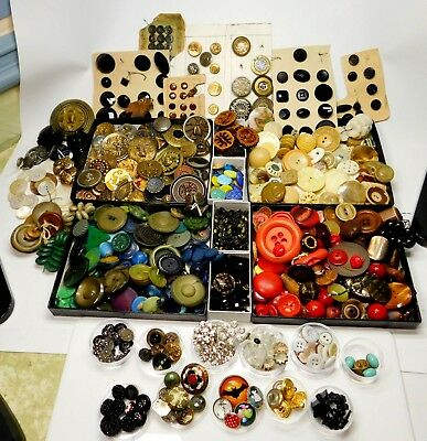 HUGE Button LOT ANTIQUE VintageVICTORIAN Collectible OVER  800 Buttons 3lbs