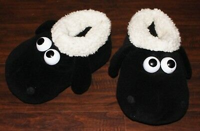 """WALLACE & GROMIT ADULT 9.5"""" Shaun the Sheep Plush SLIPPERS Fluffy Bootie Aardman"""