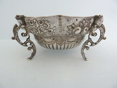 Victorian FINE Solid Silver BON BON Dish on 4 Feet. GOLDSMITHS, London 1899.