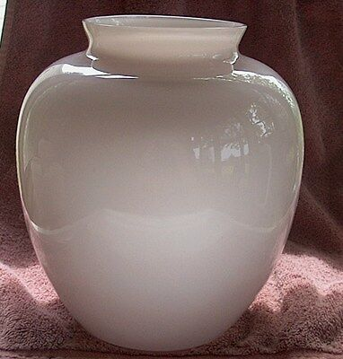 Vintage Two's Company Asian Hand Blown Vase-Pale Pink