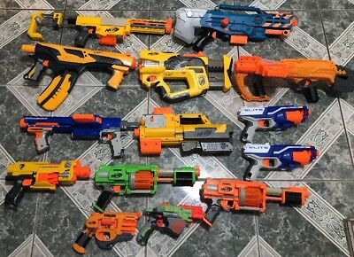 Nerf Gun Lot of (14) Zombie Longshot, Recon, Raider   And More !!!