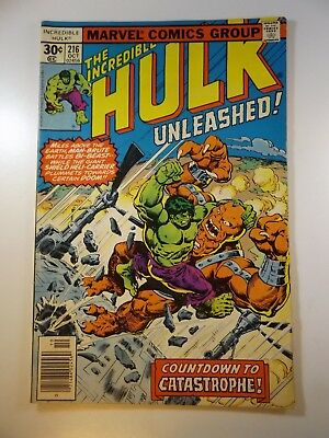 """The Incredible Hulk #216 """"Countdown to Catastrophe!"""" VG/Fine Condition!"""