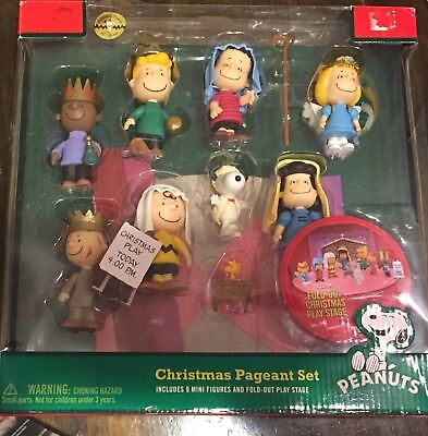 Snoopy Peanuts Charlie Brown Christmas Pageant Set 9 Figure Stage Nativity 2009
