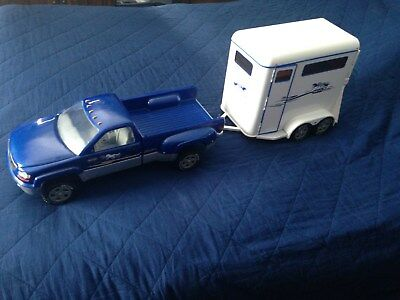 Large Breyer truck & two horse trailer 40 inches toatal length