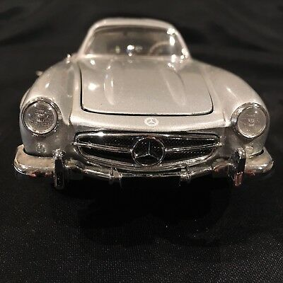 Mercedes Benz 1954 300SL 1:24 Scale Franklin Mint Die Cast
