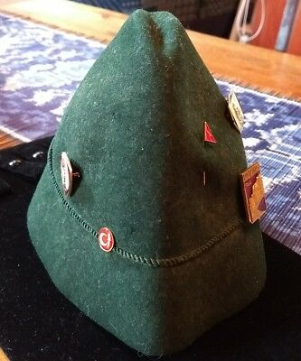 Men's Alpine Hat VTG Dark Green Felt Octoberfest Rope Band Vtg Tyrolean + PINS