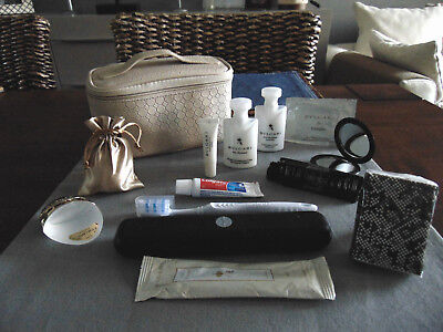 EMIRATES First Class BVLGARI Ladies' Amenity Kit Trousse Neceser Kulturbeutel