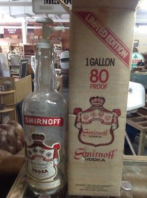 Vintage SMIRNOFF VODKA GLASS 1 Gallon DISPLAY BOTTLE LIMITED EDITION COLLECTIBLE
