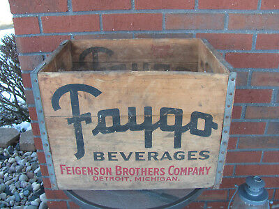 Vintage Faygo Beverages Wooded Crate 1956 Feigenson Brothers Co., Detroit, MI