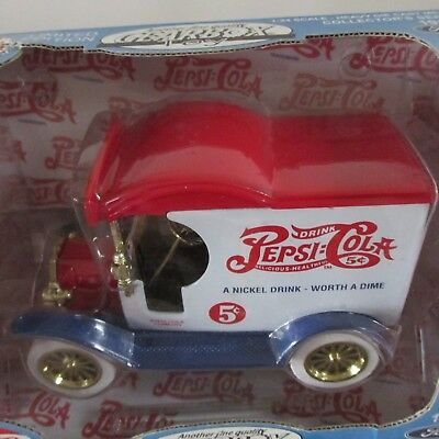 Gearbox 'Pepsi-Cola' Limited Edition 1912 Ford Delivery Car  NIB