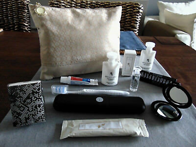 EMIRATES Business Class BVLGARI Ladies' Amenity Kit Trousse Neceser Kulturbeutel