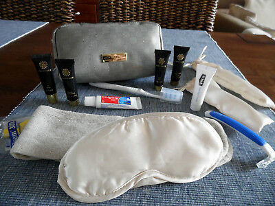 OMAN AIR Business Class AMOUAGE Unisex Amenity Kit Neceser Trousse Kulturbeutel