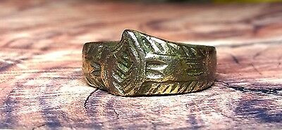 "A beautiful bronze ring ""LIST"". Age 16-17 century."