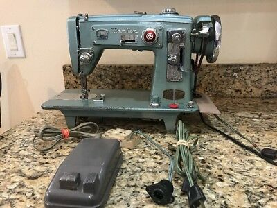 VTG BROTHER SELECTOMATIC Sewing Machine Zig Zag HB40Z40 All Metal Interesting Matic Sewing Machine