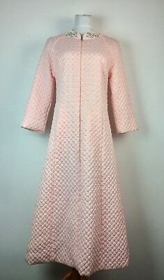 BARBIZON Vintage Quilted Robe Housecoat Pink Floral Embroidered Collar Lined