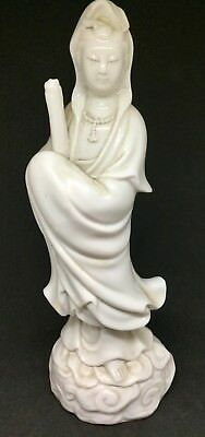 antique chinese white blanc de chine figure of a woman