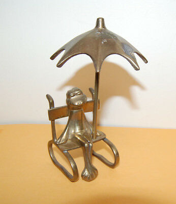 VINTAGE BRASS FROG FIGURINE free shipping CLASSY LADY FROG UNDER UMBRELLA rare