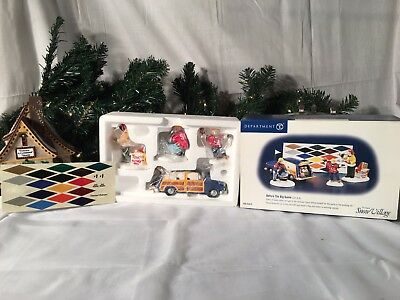 New Department 56 Snow Village Series Before The Big Game #56.55019