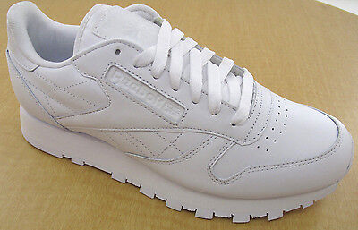REEBOK CLASSIC LEATHER R12 Mens White Walking Shoes - NWD - Medium ... 12ee75af0