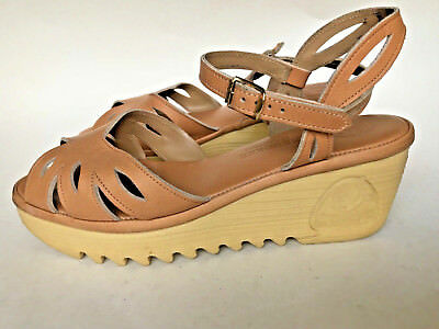 Women's Vtg 1970s Cherokee of California Wedge Leather Sandals size 8