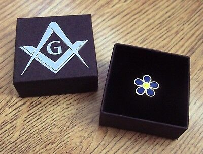✿ Masonic 'forget Me Not' Pin Badge ✿ Gold Plated / Enamel Flower, Lapel, Gift